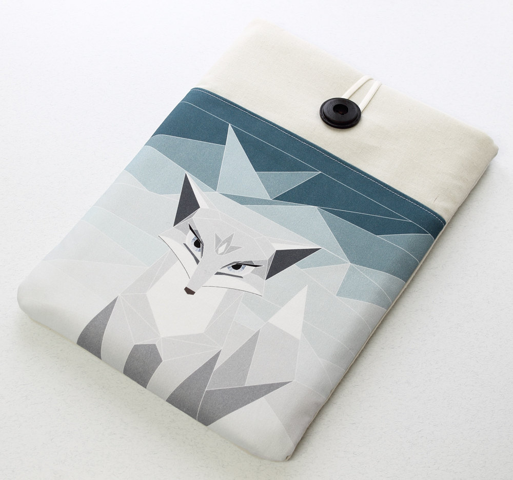 Wonderfu Polar Fox Laptop Sleeve